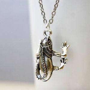 Handmade Jewelry - Chameleon Lizard Necklace/Bracelet, Handmade 🌸